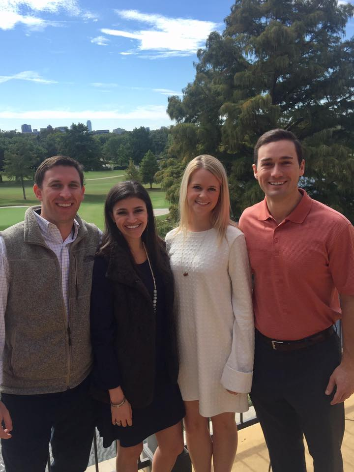 Dr. Daron Davis '07 and Josh Devin '07  and their girlfriends soaked up the sunshine at the October Dallas Country Club brunch.